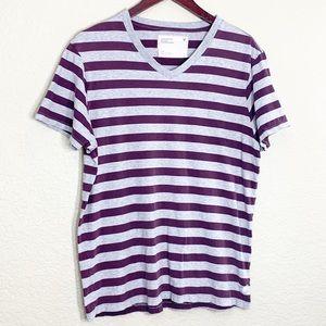 🦄 3/$20 AEO SOFT Maroon Stripe Basic V Neck Tee L